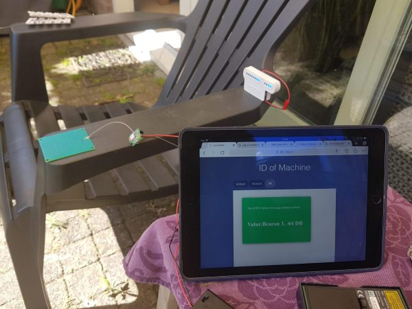 Op een top secret locatie (in de zon) werkt Klaas aan onze eigen Wonderbeacons® ...