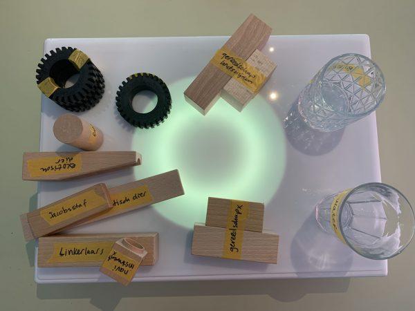 Testing 1-2-3 met dummie-objecten voor de Wowbot ontdekkingsreiziger!